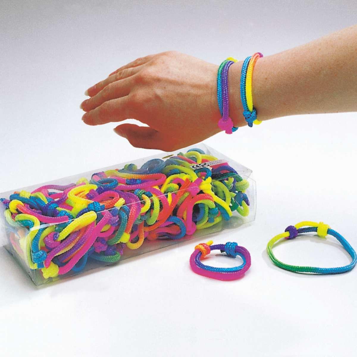 Neon-Armbänder