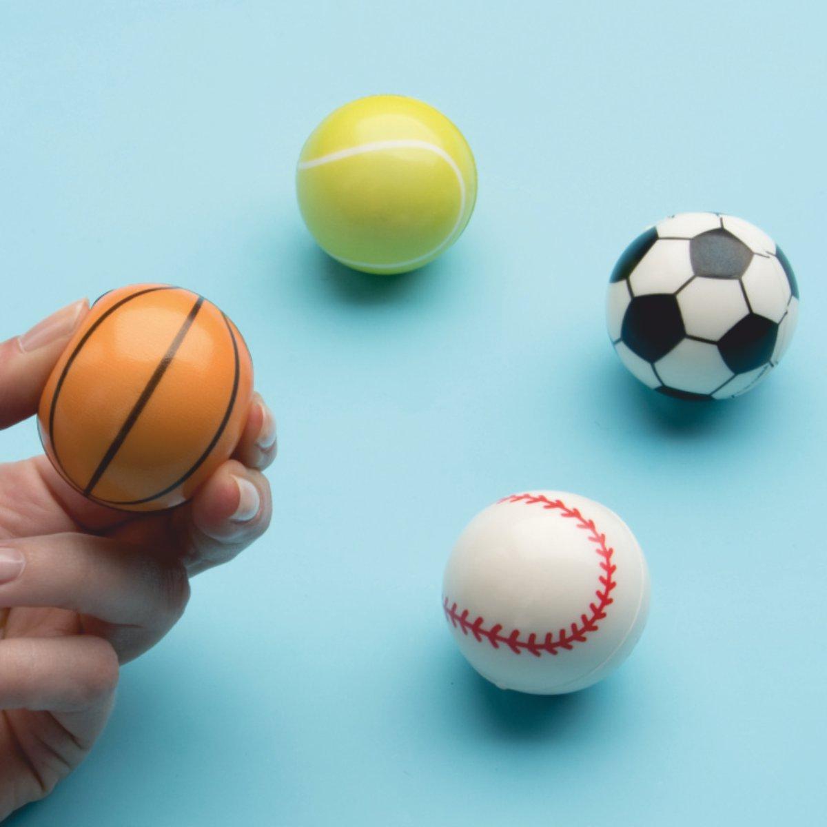 Fußball und Basketball